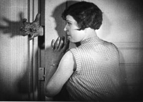 """""""Un chien andalou"""", film de Luis Buñuel"""
